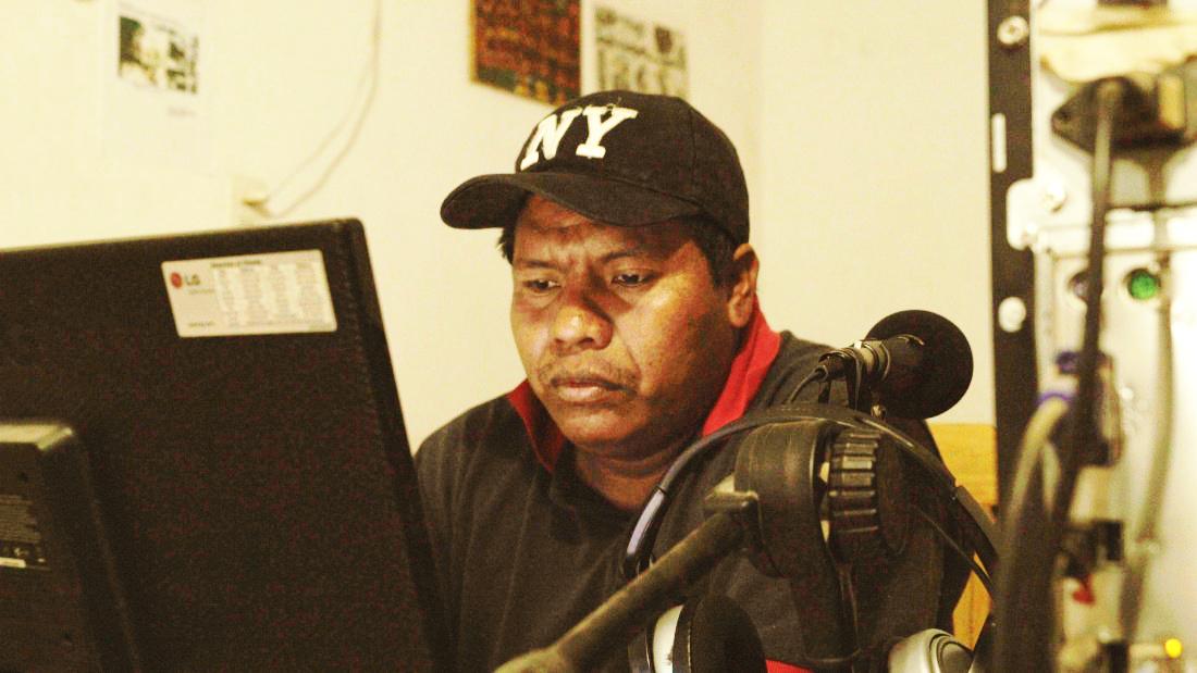 Construyendo voces genuinas en radios comunitarias indígenas urbanas del Chaco Central